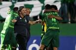 Treinador do Chapecoense fez carreira em Portugal