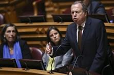 """PS questiona se PSD teve """"conversão tardia ao comunismo"""""""