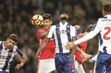 Benfica e FC Porto continuam 'braço-de-ferro' na luta pelo título