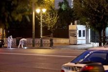 Polícia ferido em explosão com granada em Atenas