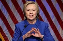 Clinton pede unidade e capitalização de descontentamento com Trump