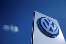 Volkswagen reduz em 40% salários dos gestores