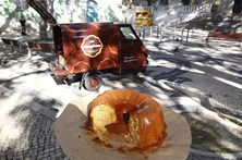 Piaggio com bolo da avó no Príncipe Real