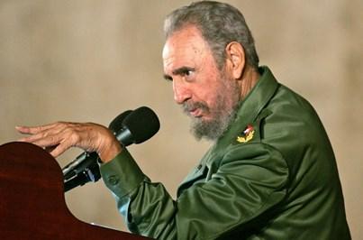 Raul Castro anuncia a morte do irmão Fidel