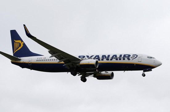 Governo denuncia Ryanair ao fisco por não passar fatura