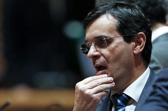 Ministro da Saúde espera que não se repitam casos como morte de jovem em S. José