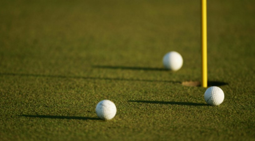 Ricardo Santos em 52.º em torneio de golfe na China