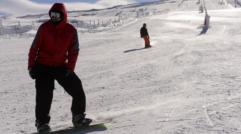 Pistas de esqui da Serra da Estrela abrem esta terça-feira