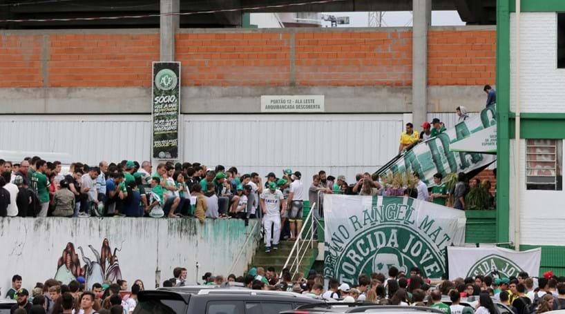 Atlético Nacional quer entregar Taça Sul-Americana à Chapecoense