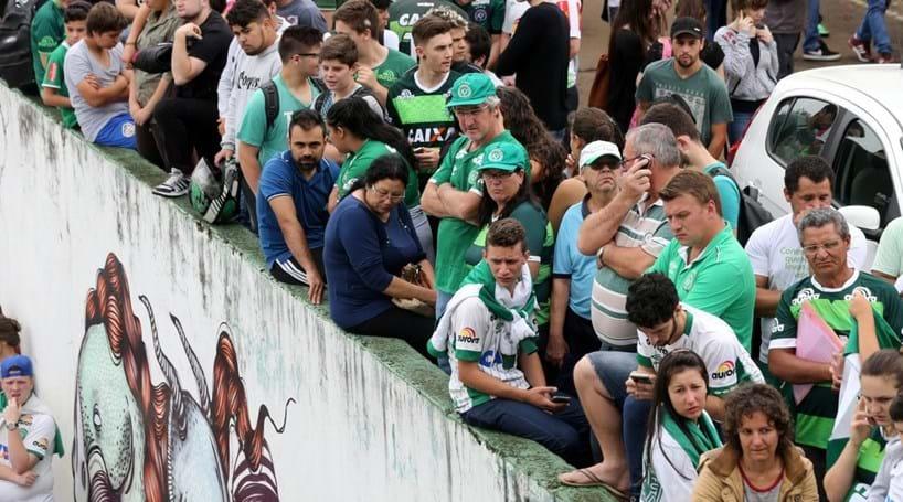 Chapecoense quer fazer velório coletivo no estádio