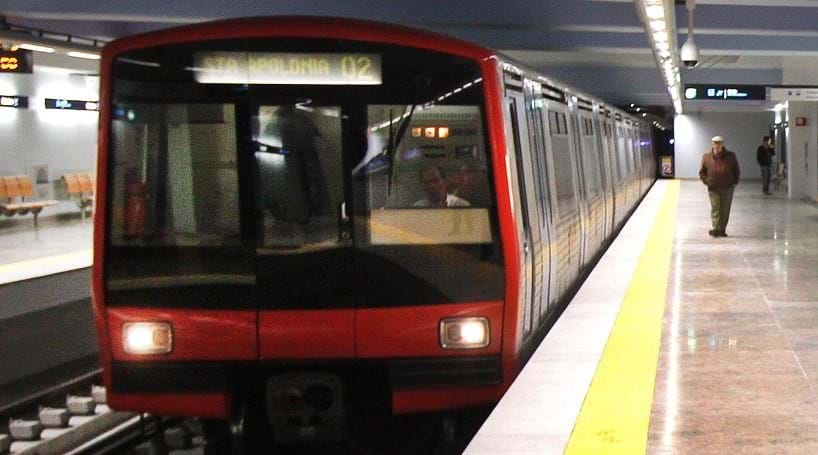 Explosão assusta no metro