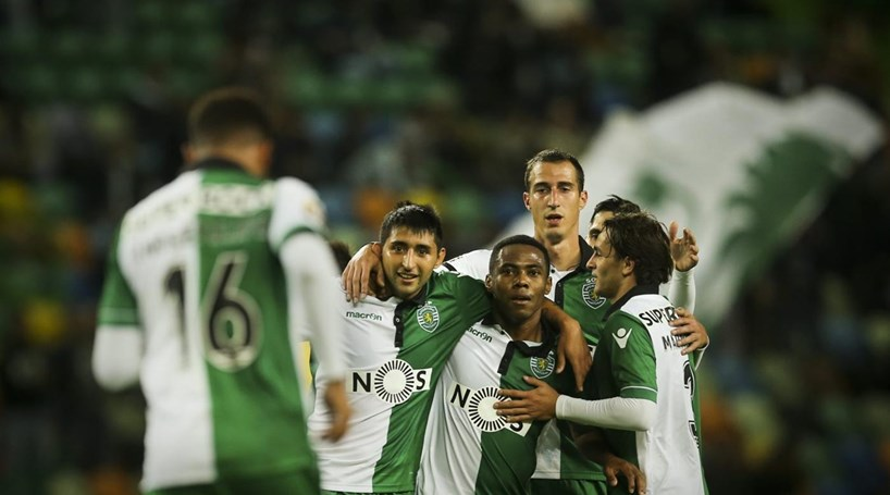 Sporting vence Arouca por 1-0