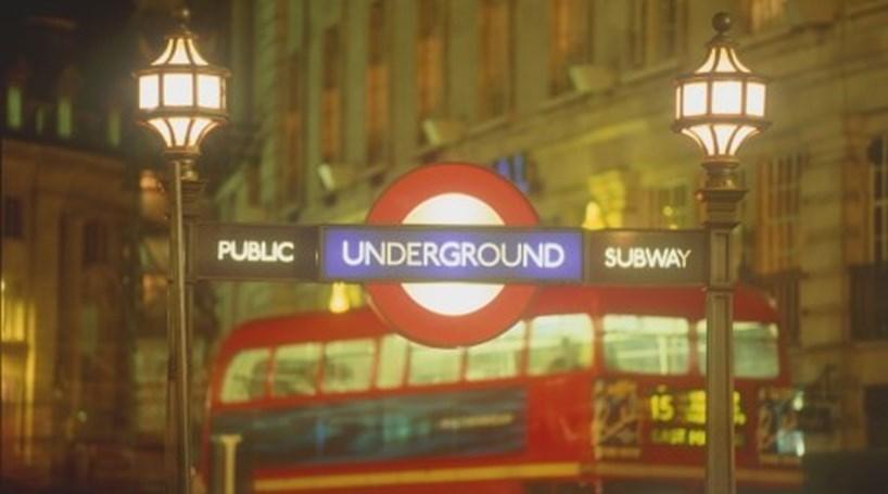 Quatro estações do metro de Londres evacuadas