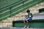 Menino ilustra tristeza vivida após queda de avião na Colômbia