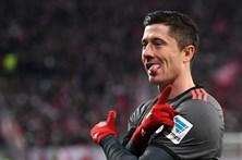 Bayern vence e apanha Leipzig na liderança