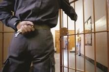 Condenado a 17 anos por matar colega de trabalho com uma faca