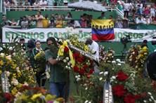 Milhares assistem ao velório dos jogadores da Chapecoense