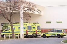 Mulher dá à luz em ambulância