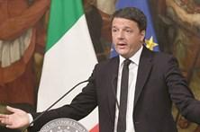 Renzi fica até à aprovação  do orçamento
