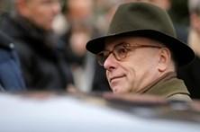 Bernard Cazeneuve é o novo primeiro-ministro francês