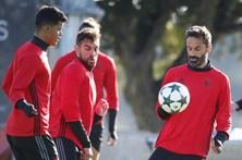 Benfica persegue 'oitavos' na receção ao Nápoles