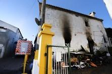 Incêndio em habitação faz um morto