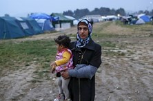 Portugal é o 4.º país da UE que mais recoloca refugiados