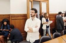 BE anuncia audição pública no parlamento sobre consumo de canábis em Portugal