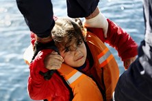 Portugal recebeu 720 migrantes recolocados da Grécia e de Itália