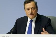 Draghi garante que BCE não discutiu retirada de estímulos na zona euro