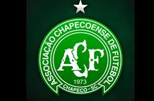 Chapecoense muda emblema em memória de vítimas do acidente