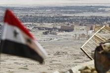 Exército sírio entrou em Palmira, cidade antiga controlada pelos jihadistas