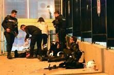 Duas explosões em Istambul fazem 29 mortos e 166 feridos