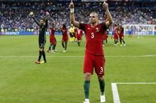 Bicampeão europeu Pepe na 9.ª posição da Bola de Ouro