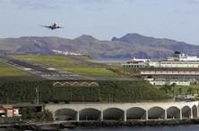 Nevoeiro denso no Aeroporto da Madeira fez divergir nove voos