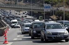 660 mil carros entram em Lisboa e Porto por dia