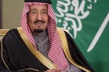 Rei da Arábia Saudita viaja com 506 toneladas de bagagem