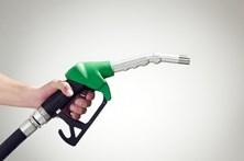 Gasolina fica mais barata