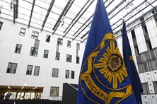 Funcionária da Polícia Judiciária detida por desviar ouro