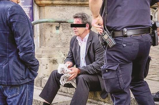 Português mata  e cimenta turco