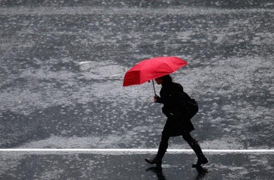 Chuva regressa na quarta-feira. Temperatura sobre ligeiramente