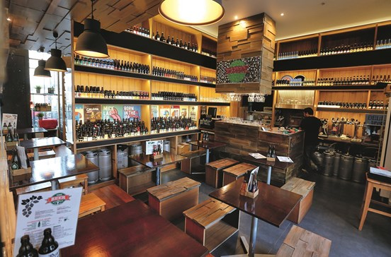 The Beer Station: Cervejaria conquista apreciadores
