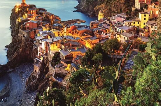 Costa da riviera italiana em postais ilustrados