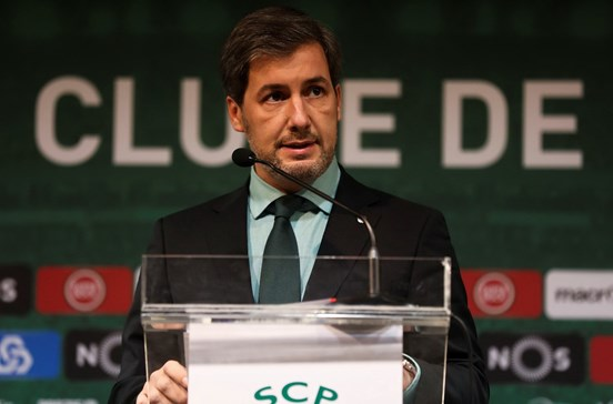 Bruno de Carvalho diz erros de arbitragem já custaram 12 pontos