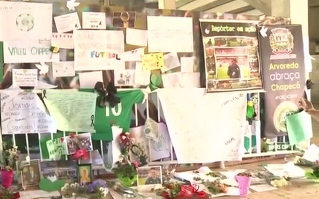 Estádio da Chapecoense é o palco das homenagens às vítimas