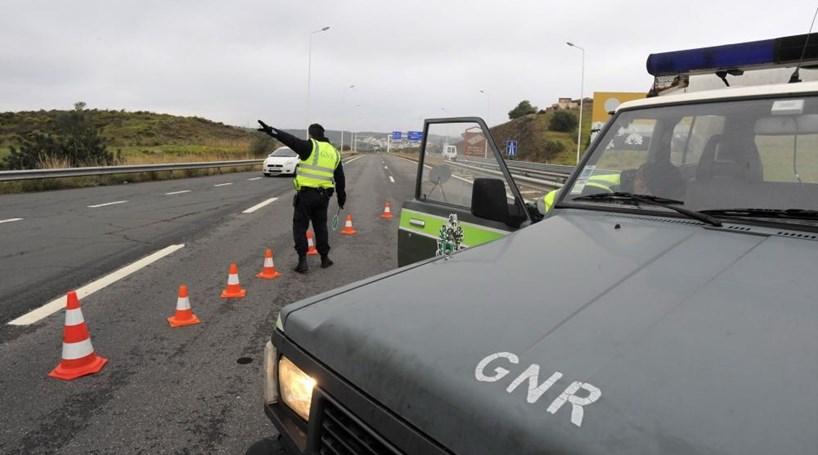 Despiste faz cinco feridos em Évora