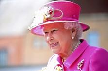 Isabel II realiza Discurso da Rainha no Parlamento