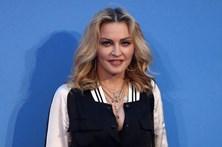 """Madonna diz a apoiantes de Trump: """"Vão-se f..."""""""
