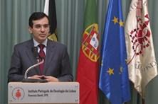 """Governo vai dar """"poderes reforçados"""" ao Estado no setor do plasma"""