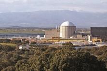 Movimento ibérico antinuclear quer fim da central de Almaraz até 2020